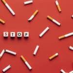 Des cigarettes avec un stop