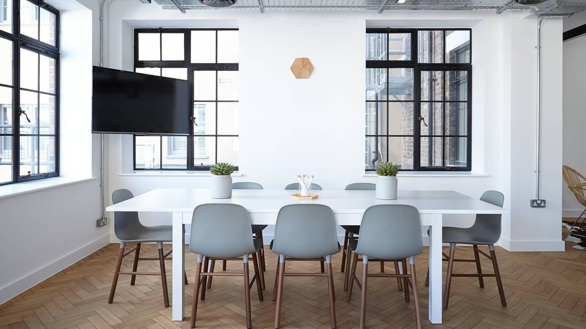 Faut il acheter ou louer des bureaux pour votre entreprise