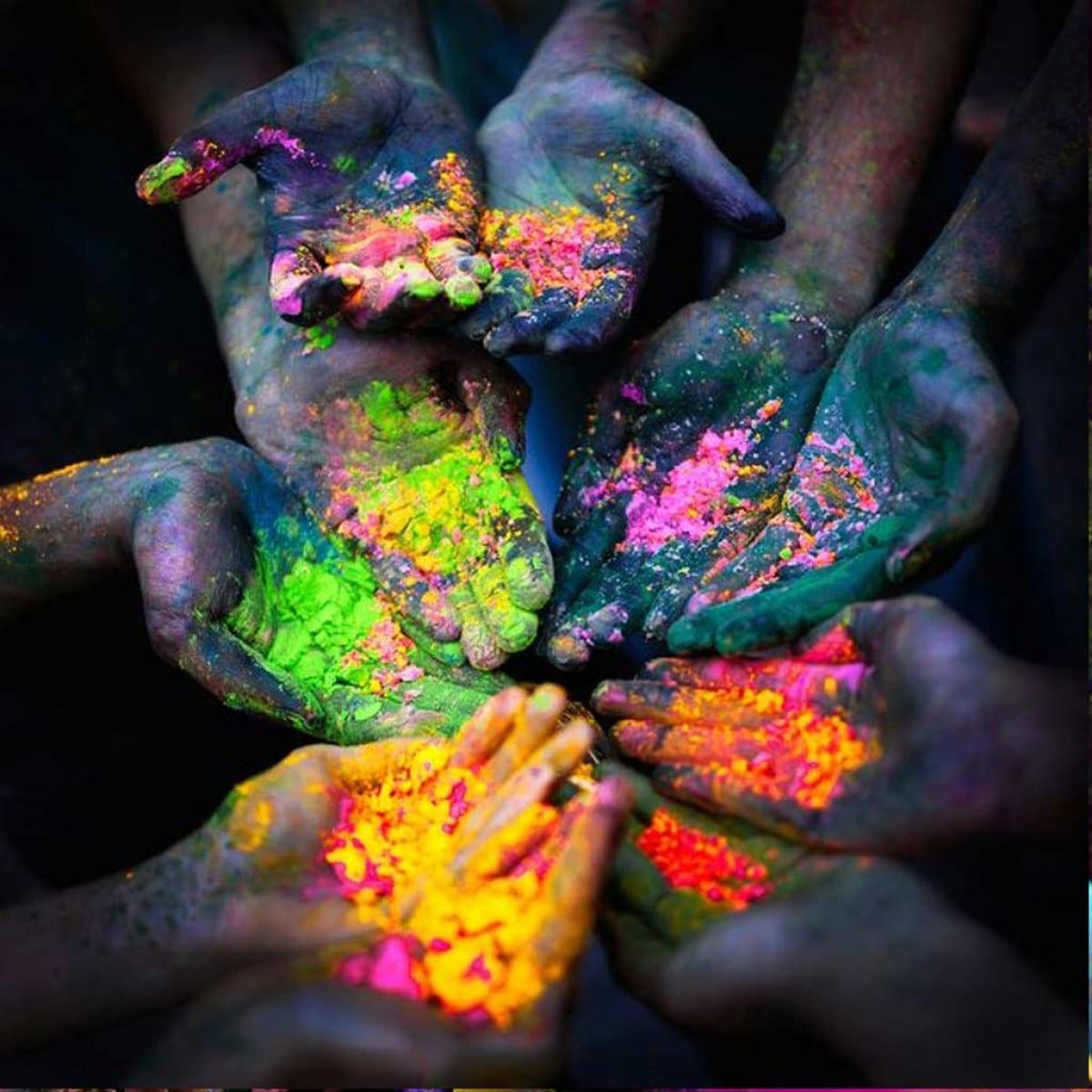 De la poudre pour la course colorée