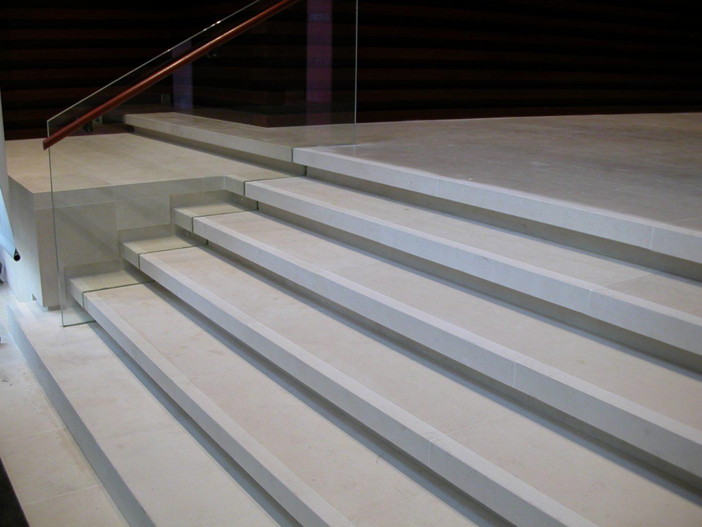 Commander un escalier en pierre naturelle