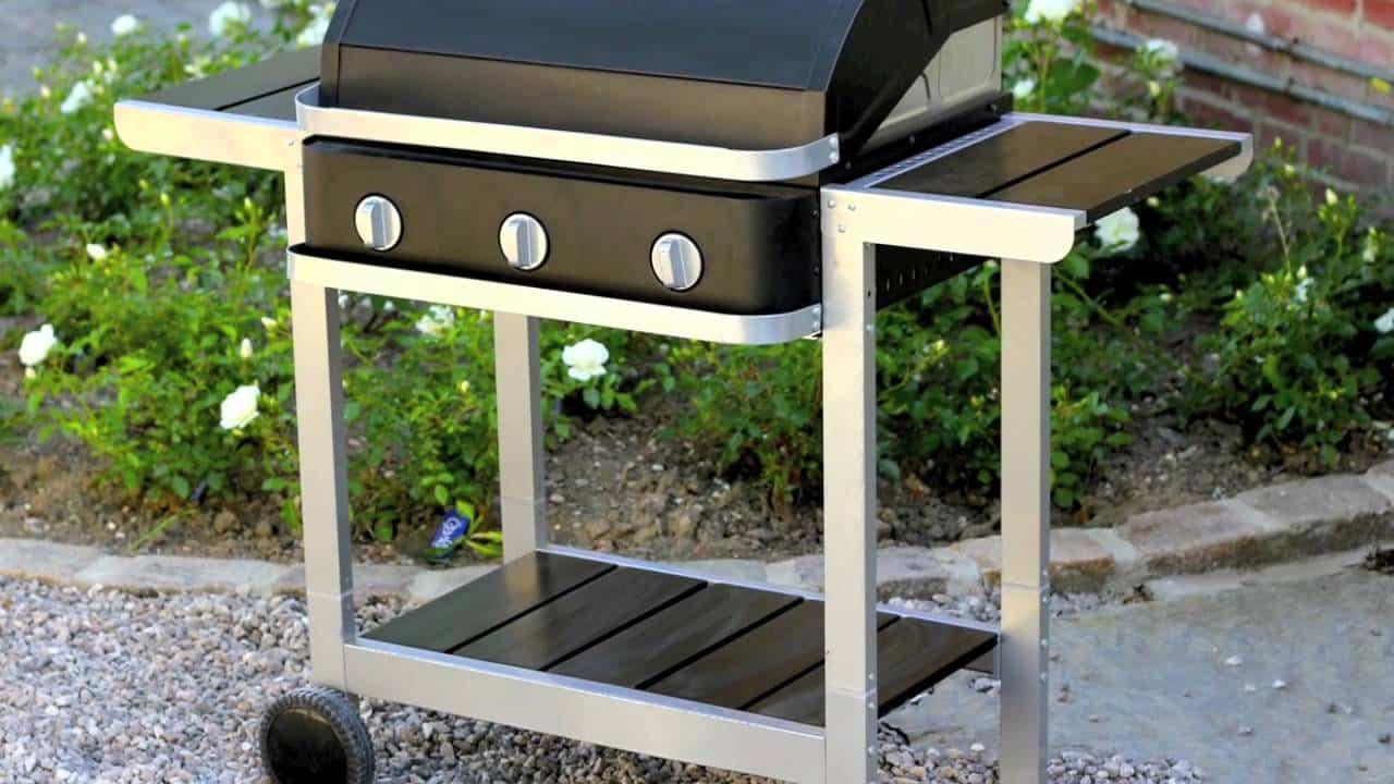 Un barbecue à gaz neuf