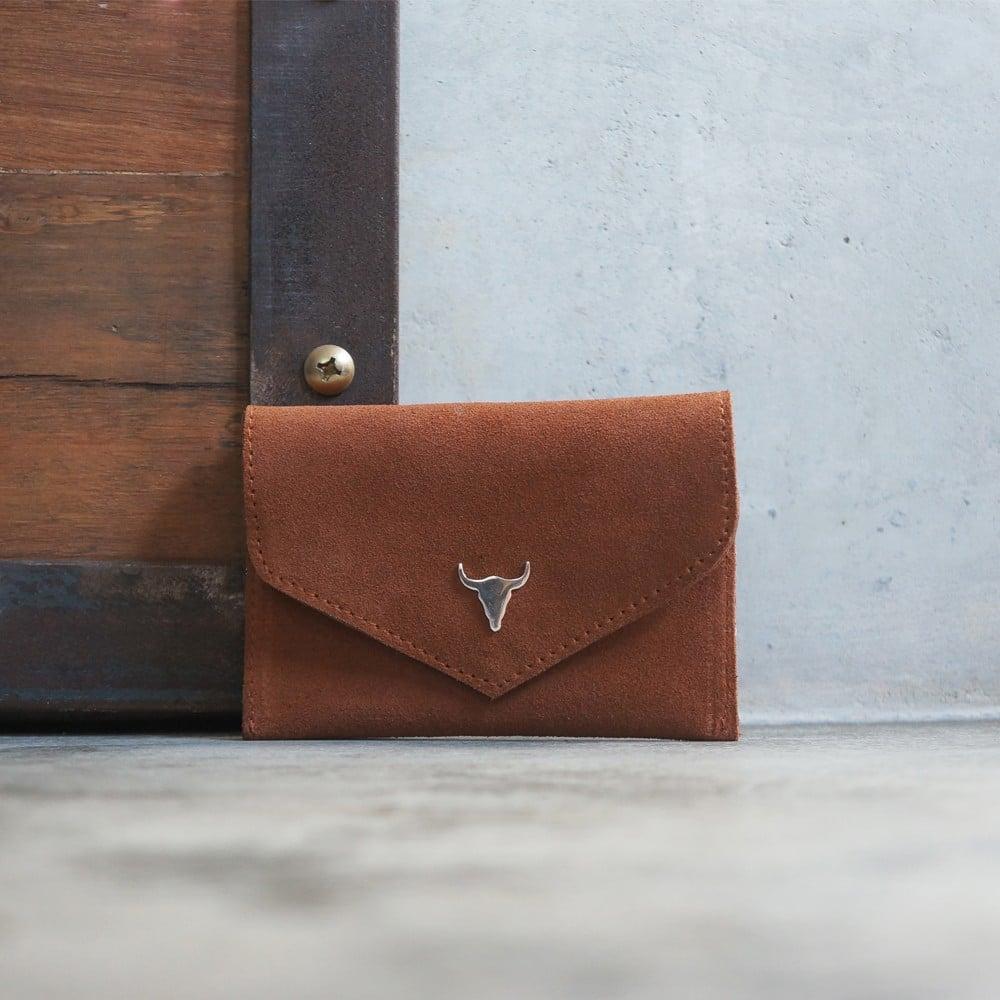 Présentation d'un porte cartes en cuir