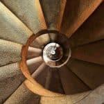Les escaliers ne seront plus dangereux grâce à cet accessoire indispensable