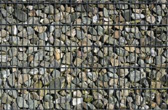 Mur en gabion : Faites entrer l'univers minéral dans votre jardin !