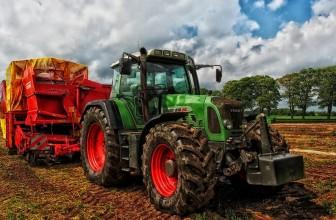 Comment bien choisir son tracteur agricole