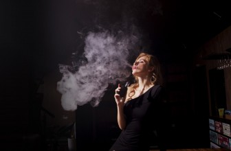La cigarette électronique est-elle un bon moyen pour arrêter de fumer ?