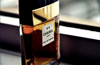 Les parfums pour femme : comment les choisir et les appliquer ?