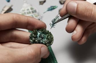 Pourquoi investir dans les bijoux anciens?