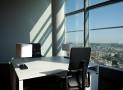 Bureaux à Lyon et en région lyonnaise : quelle différence entre location et vente ?