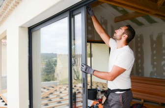 Décider de réparer ou de remplacer une fenêtre