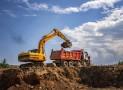 Gros engins de chantier : vaut-il mieux louer ou acheter ?