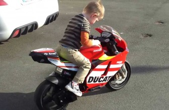 Moto pour enfant : quels critères pour bien choisir ?