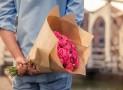 Comment et quand offrir des fleurs à une femme?