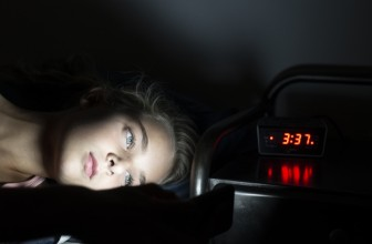 Cigarette électronique et insomnie : vrai ou faux ?