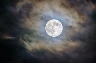 Les bienfaits et vertus des bijoux pierre de lune