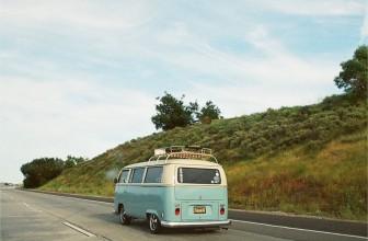 Comment assurer son auto lorsqu'on part en roadtrip ?